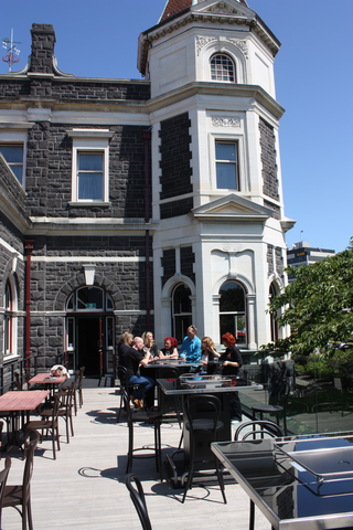 Dunedin Functions - Outdoor deck, perfect on a sunny day